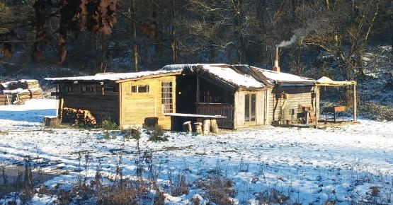 hut-winter-2